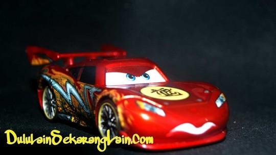 Lightning-McQueen Kereta Mainan Roq