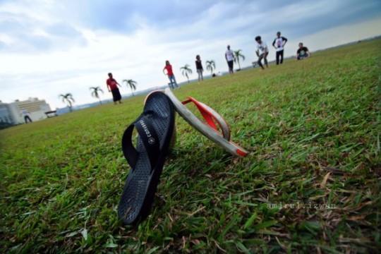 baling selipar 540x360 Entri Pilihan | Cabaran Blogger September 2011