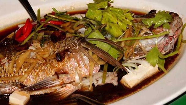 Salut Seafood Restaurant