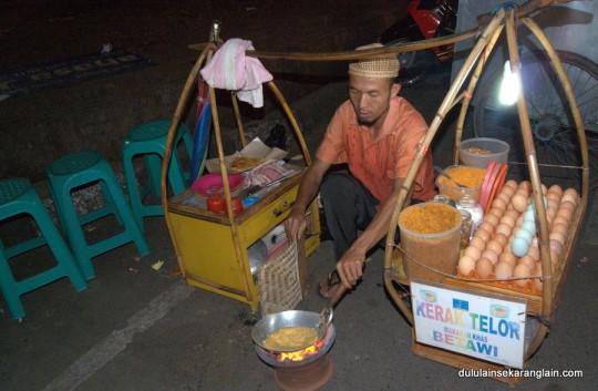 Peniaga Telur Bandung