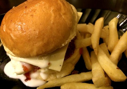 Burger Bakar Lava Fisk