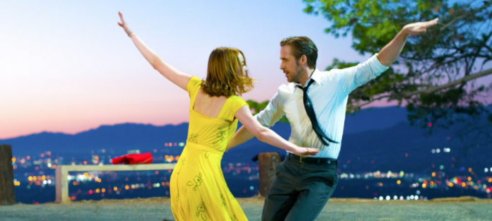 Online Movie Tickets : Review La La Land vs Arrival